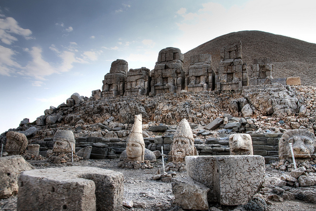 Файл:Nemrut dag temple view 2.jpg