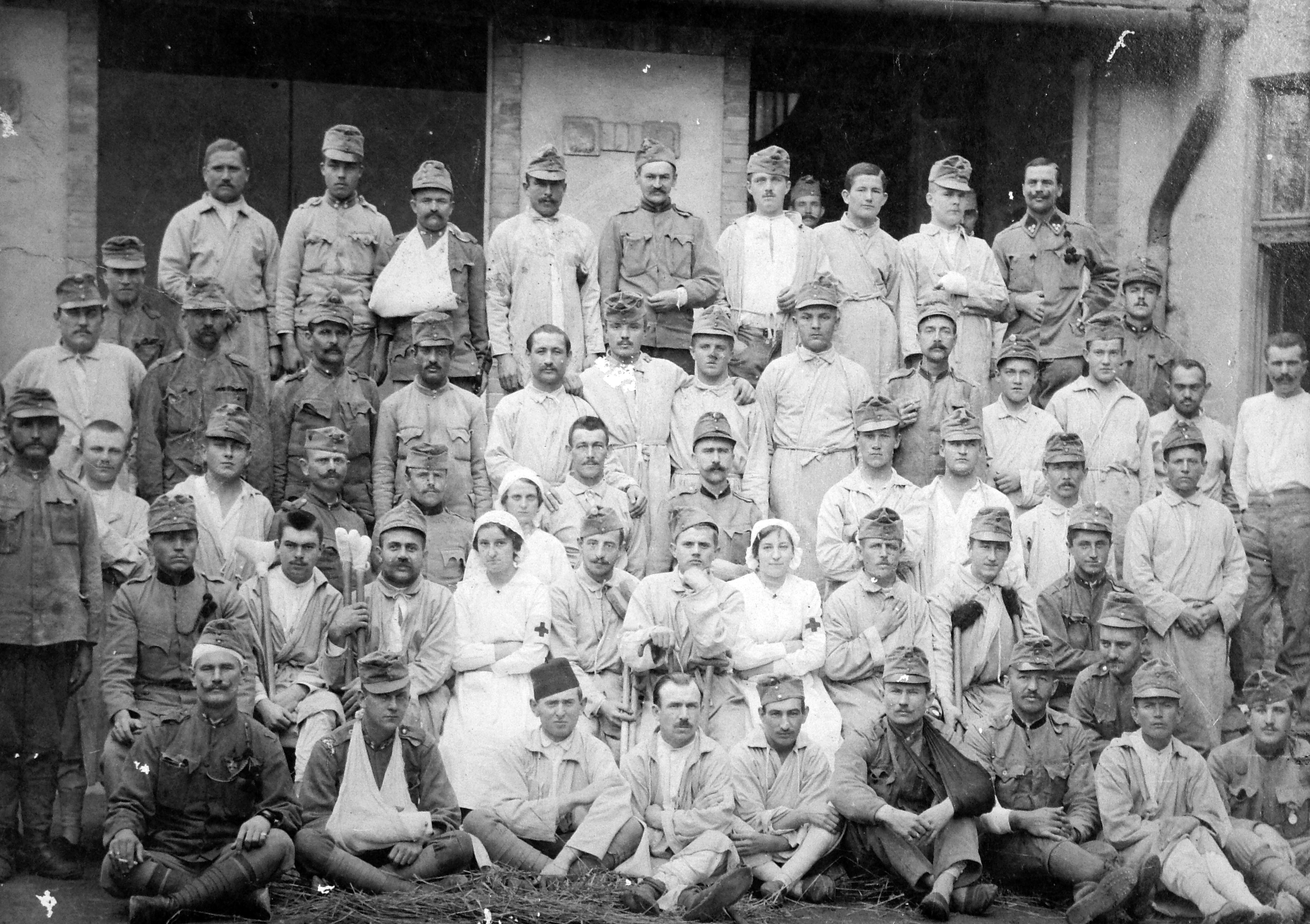 Surprising File Nurse Soldier Uniform Tableau First World War Men Download Free Architecture Designs Meptaeticmadebymaigaardcom