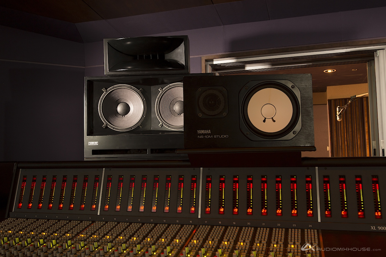 yamaha ns10. file:ocean way and yamaha ns-10 monitors at audio mix house, studio ns10
