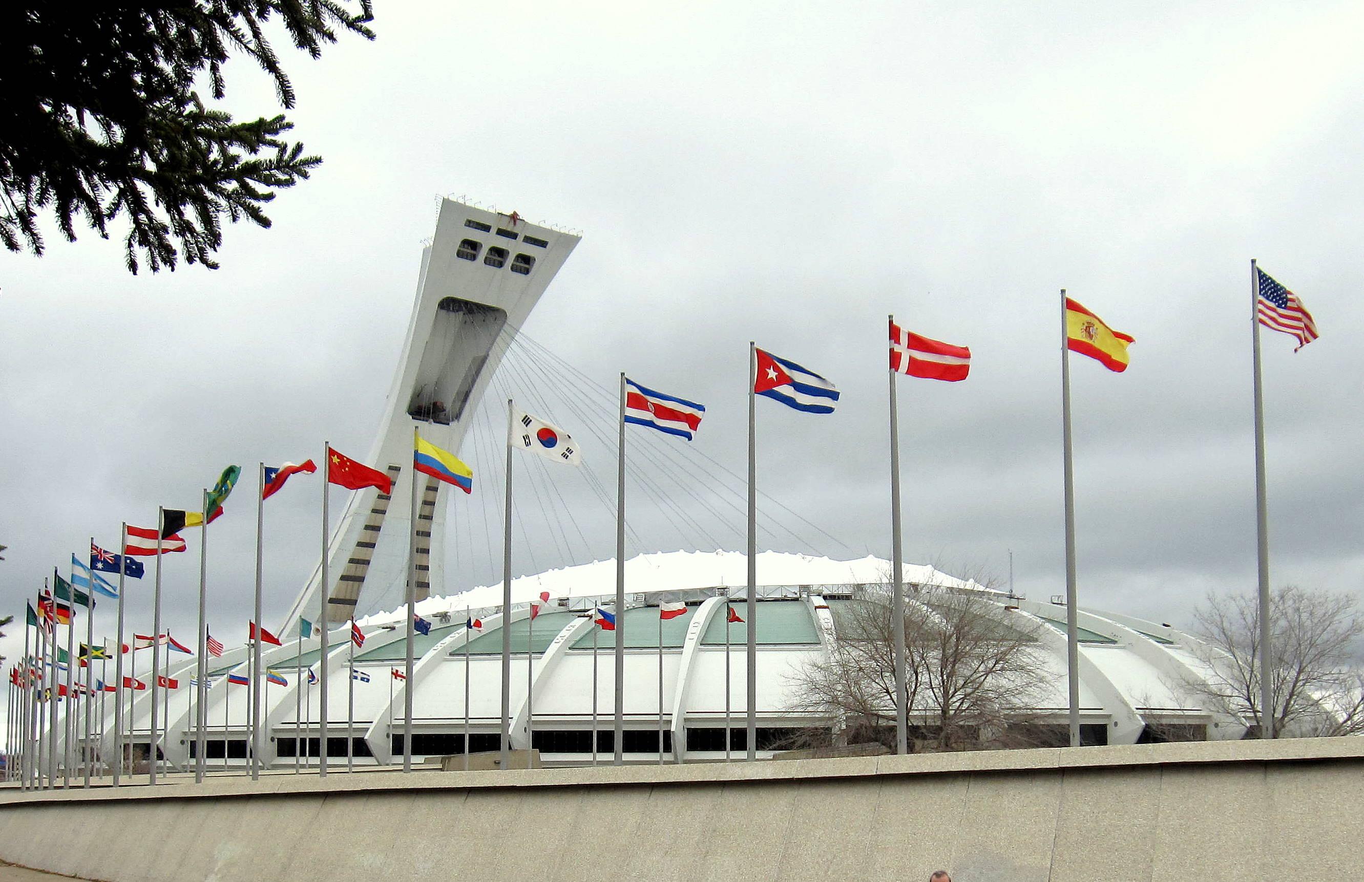 Olympic Stadium (Montreal).jpg