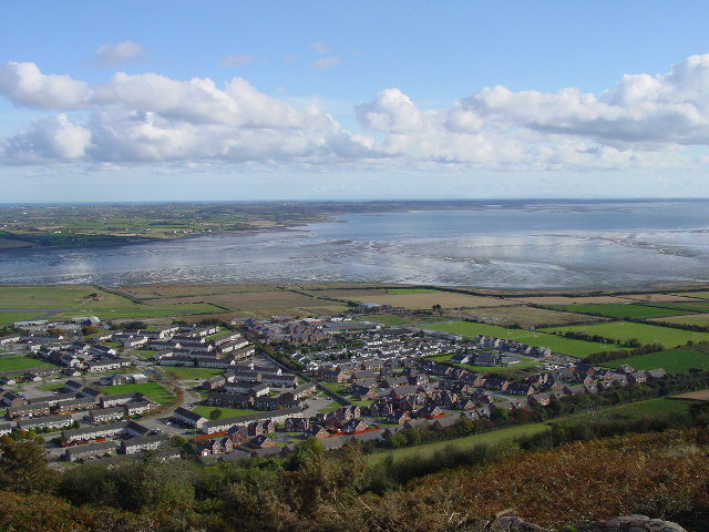 File:On Scrabo Hill, Newtownards - geograph.org.uk - 104111.jpg