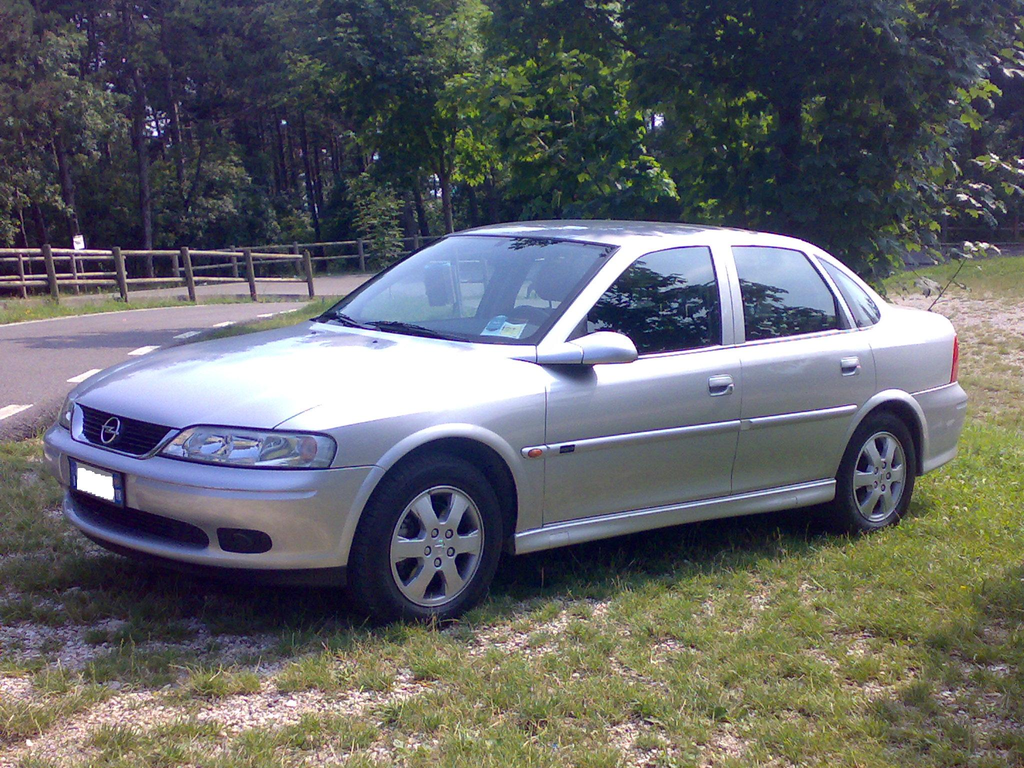file opel vectra