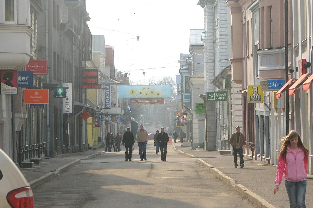 File Parnu Downtown Jpg Wikimedia Commons
