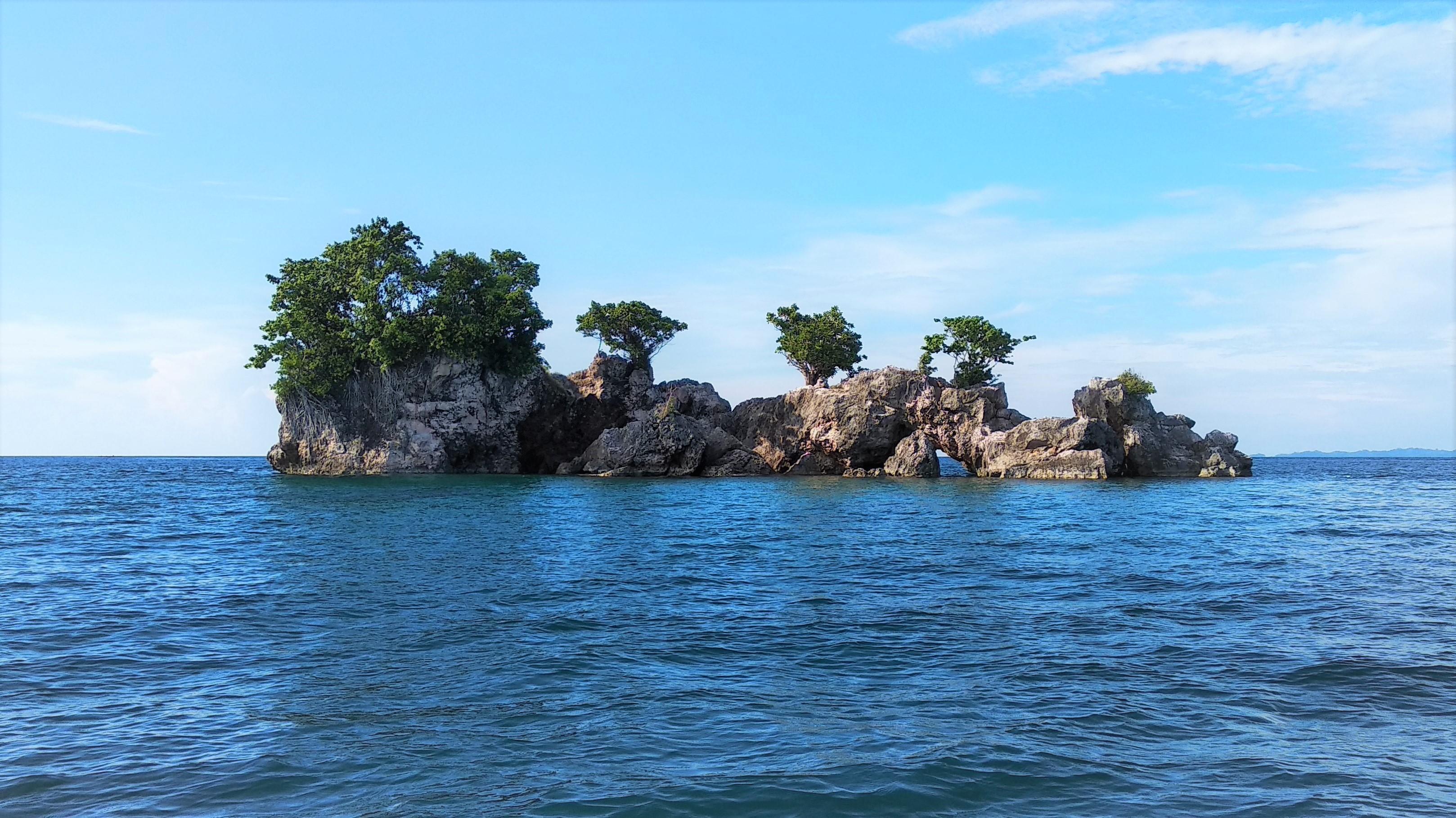 Hasil gambar untuk pulau
