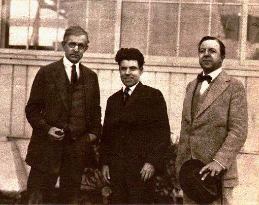 Rhodes, [[Jim Tully]], and [[Rupert Hughes]] in 1922