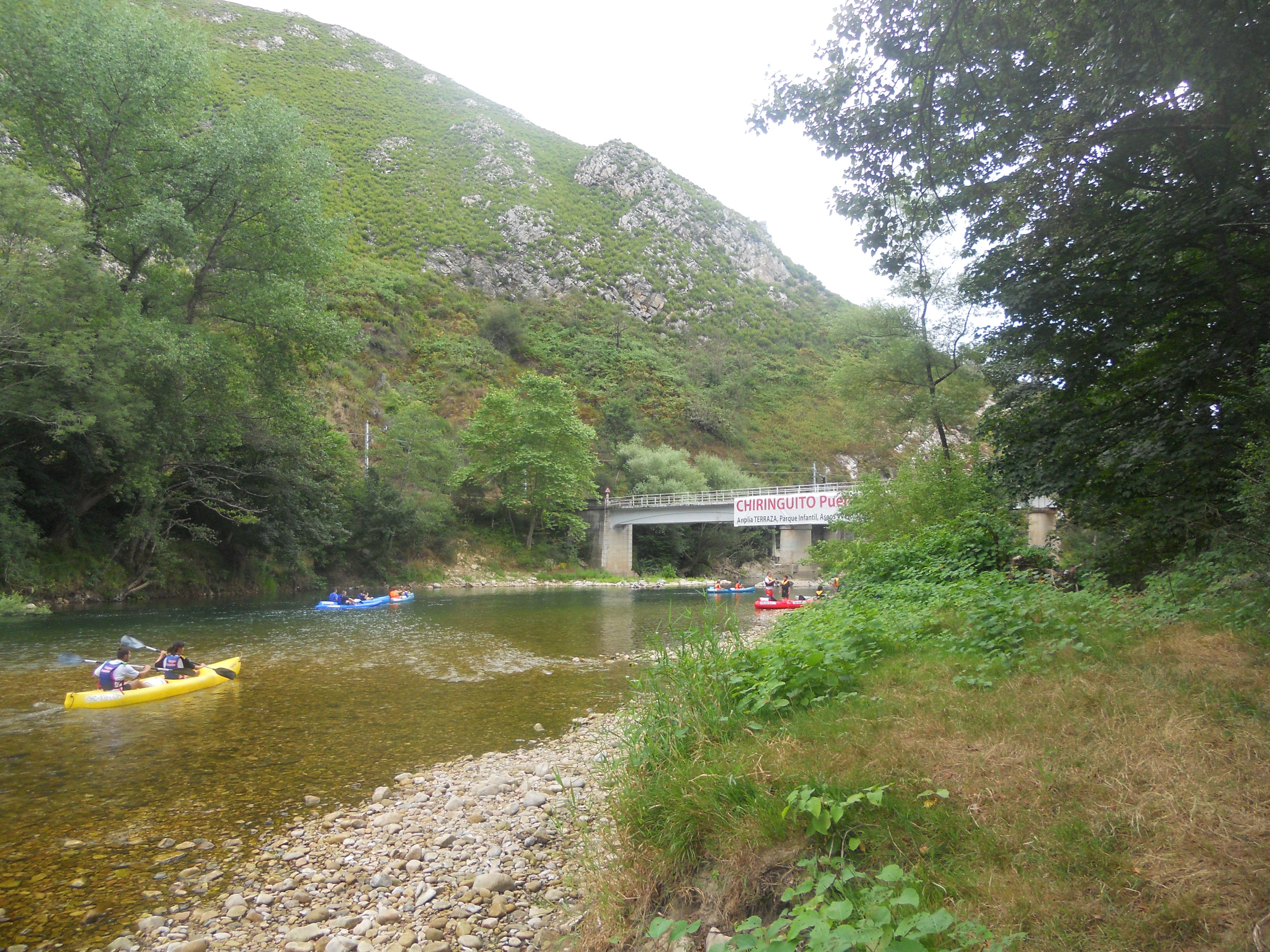 File Rio Sella Al Fondo El Puente De Toraño Asturias