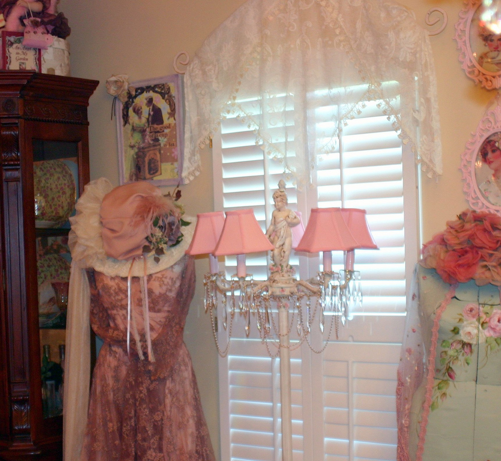 Shabby chic - Wikipedia, the free encyclopedia
