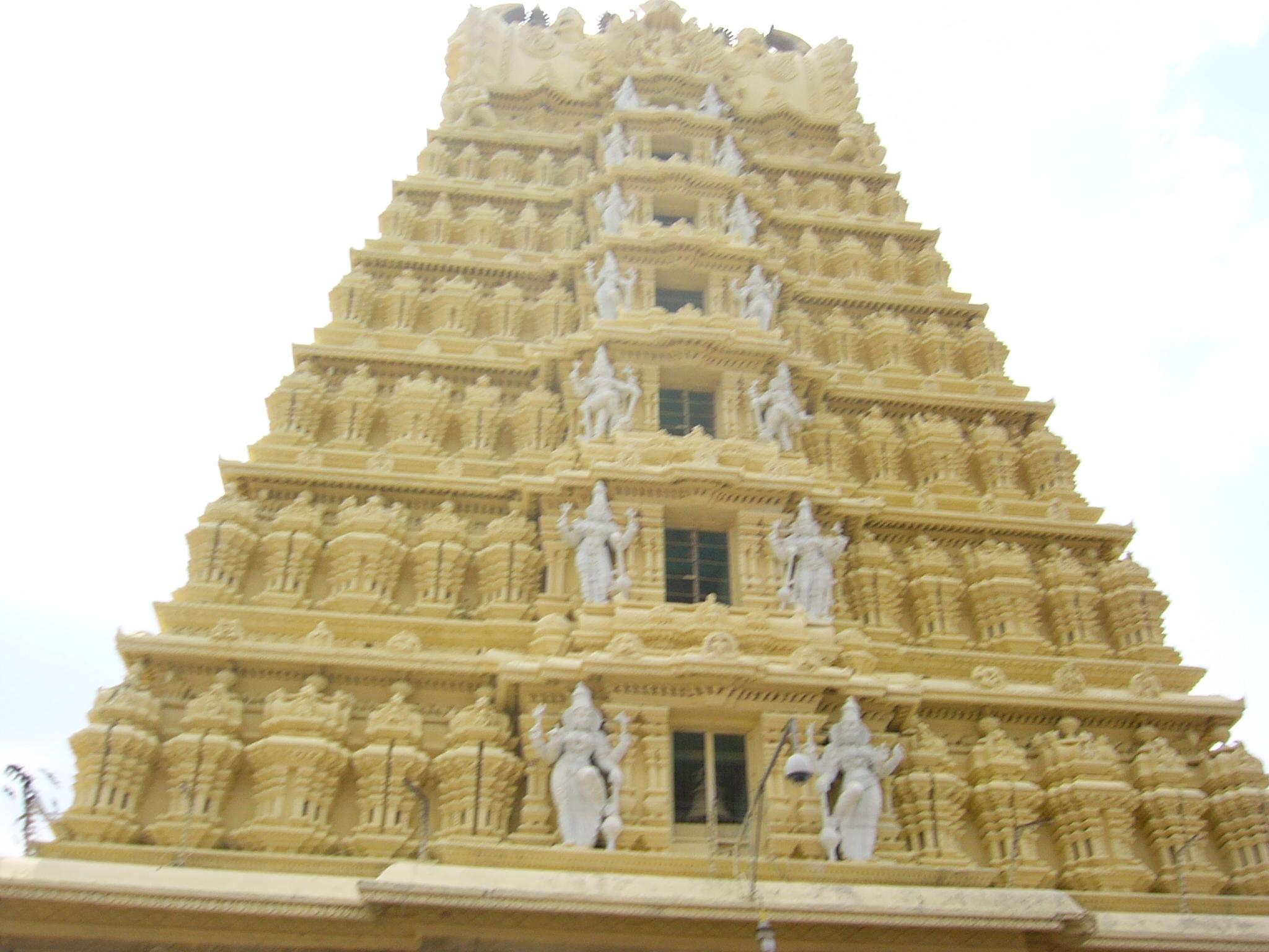 Description Shikhara of the Gopuram of Chamundesvari Temple - Uploaded ...