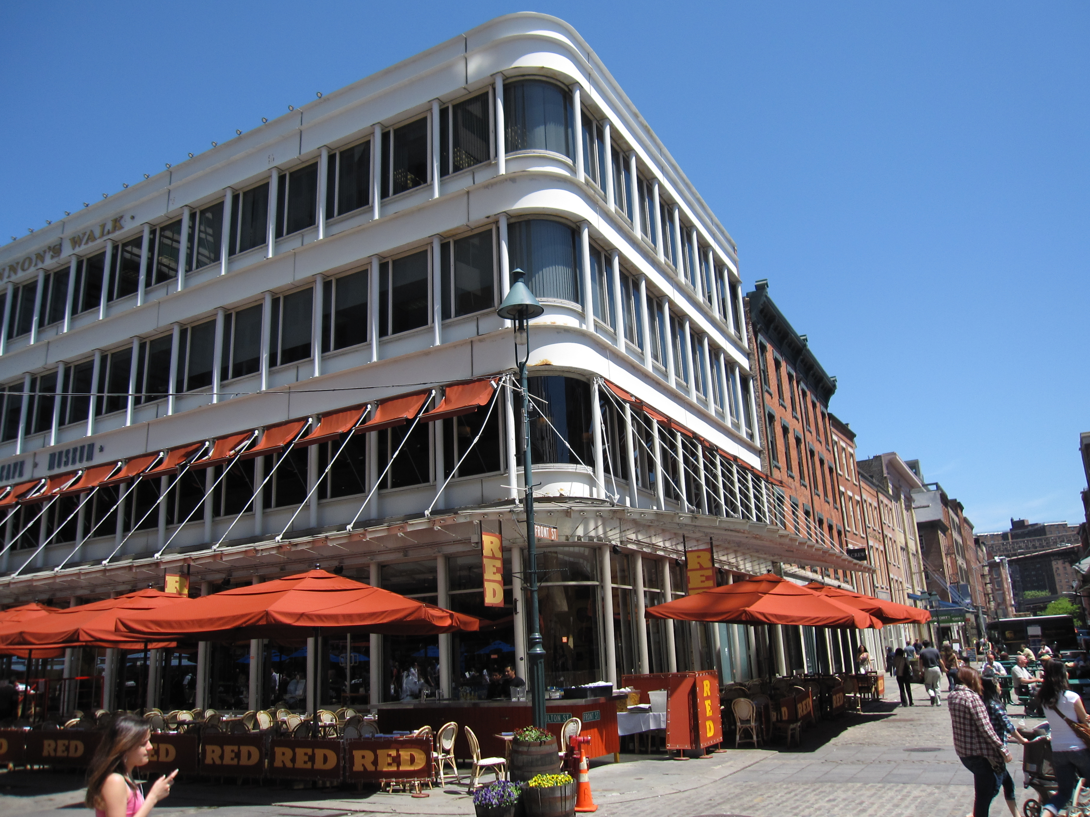 Free admission to South Street Seaport Museum