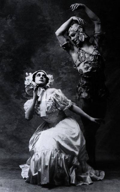 Ca s'est passé en avril ! Spectre_de_la_rose_karsavina_and_nijinsky_1911