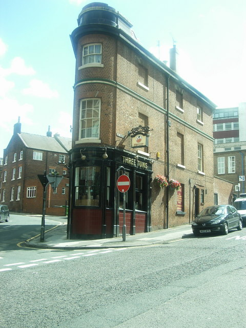File the three tuns silver street head sheffield for Timetable 85 sheffield