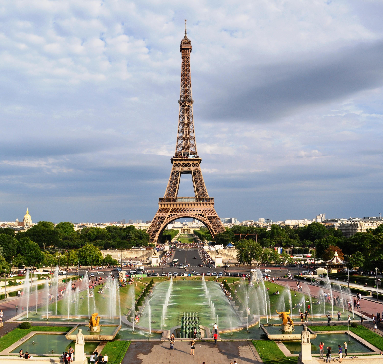 File tour eiffel depuis le trocad ro jpg wikimedia commons - Les encombrants de paris ...