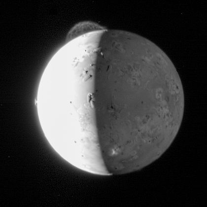 Photo of Io by New Horizons