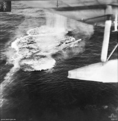 U-106 Luftangriff.jpg
