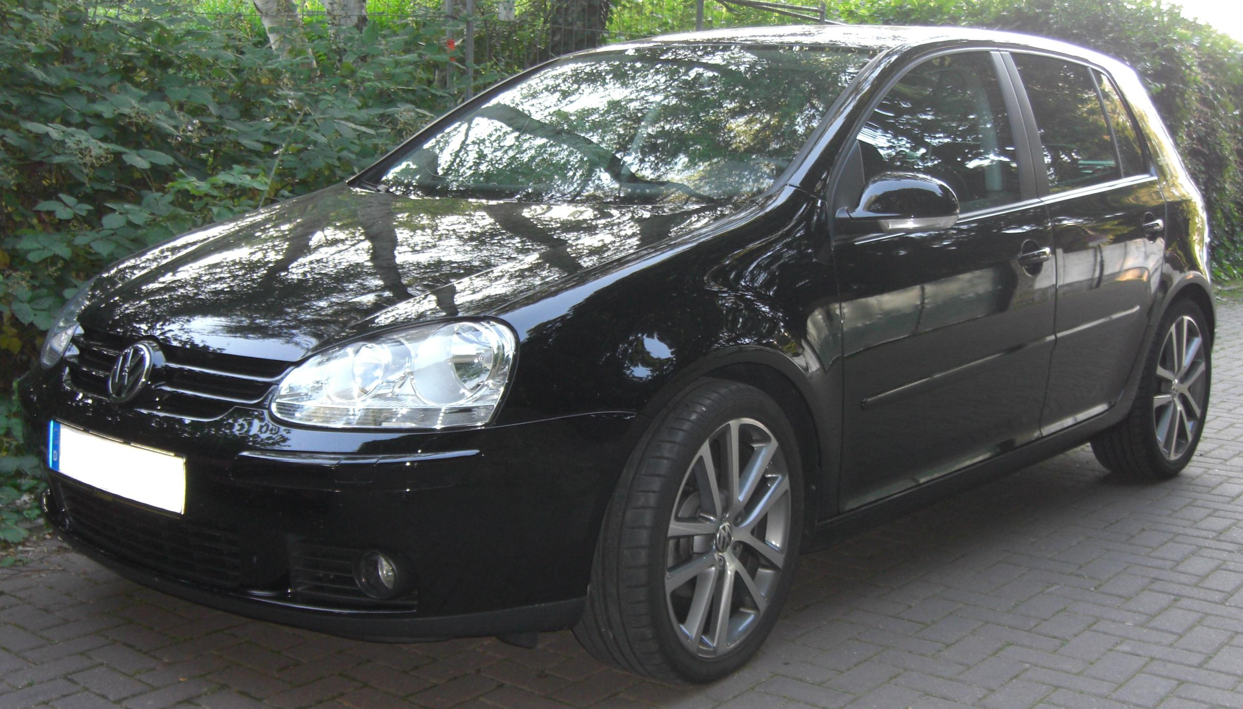 File:VW Golf V