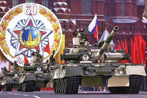 *Фуршетный столик*.  - Страница 14 Victory_Day_Parade_2005-18