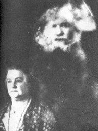 Spirit photography was a huge craze in the 19th century. But is there any possibility it might yield real results, or is it all just one giant con?