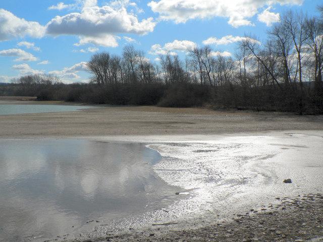 Wilstone Reservoir - geograph.org.uk - 129694