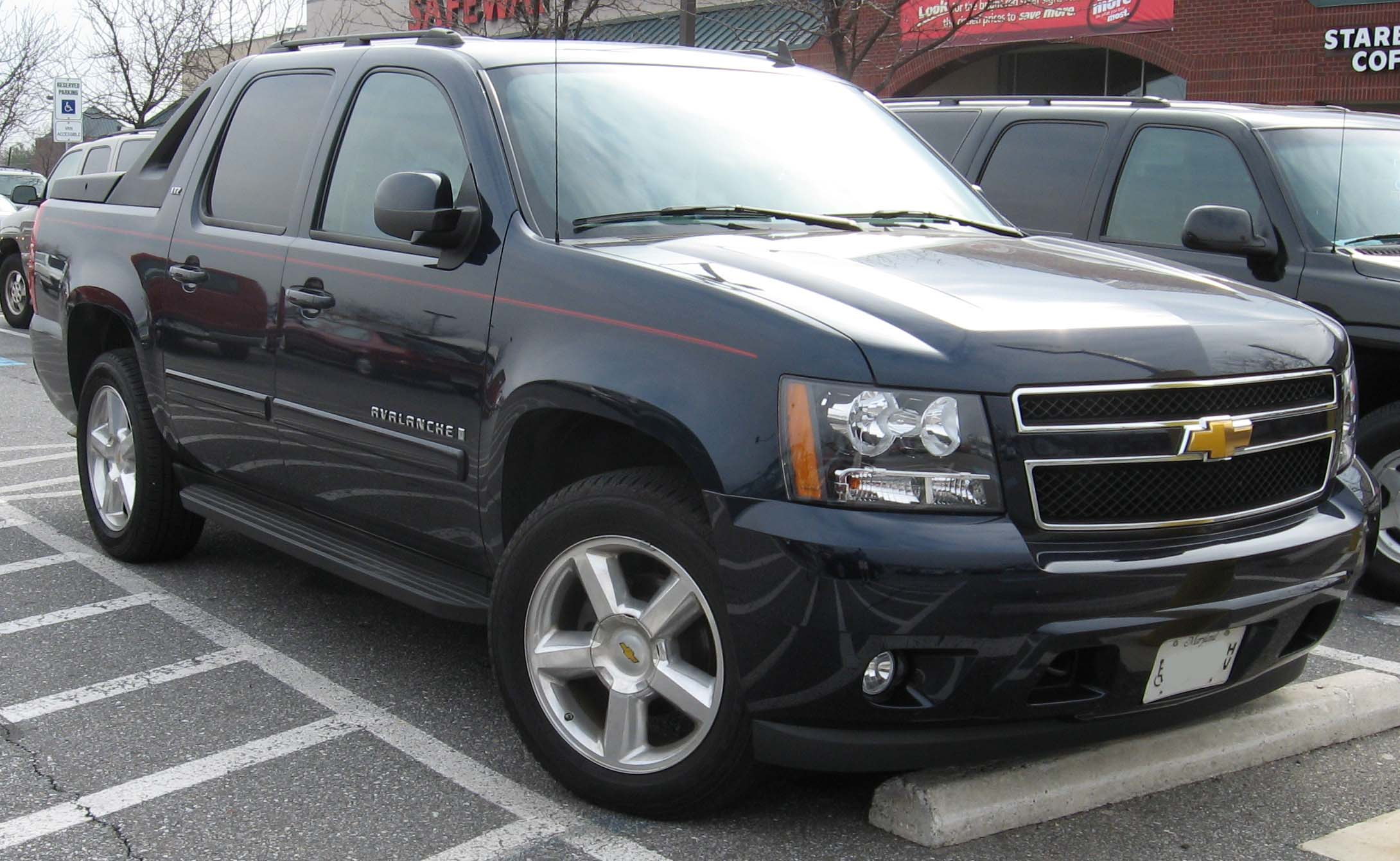 Chevrolet Avalanche Wikipedia >> File:07-Chevrolet-Avalanche-LT.jpg - Wikimedia Commons