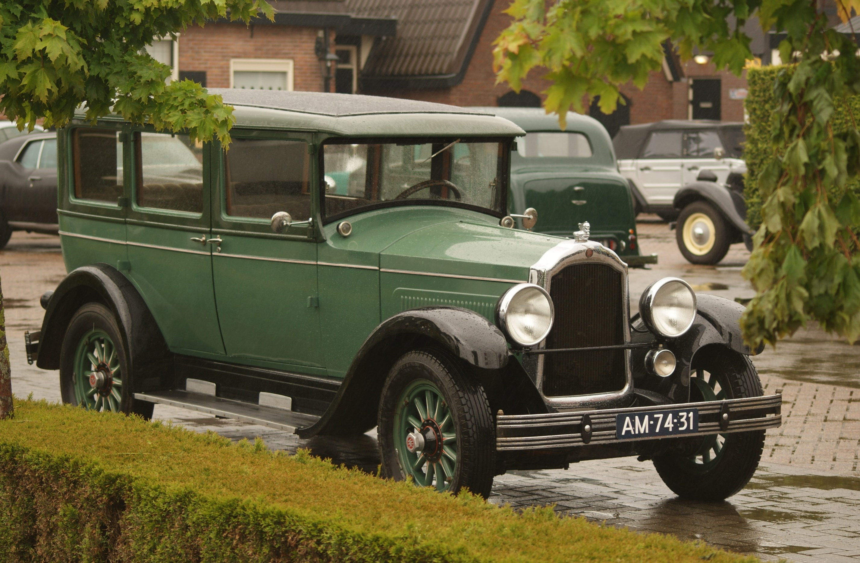 Edwards Motor Car Company