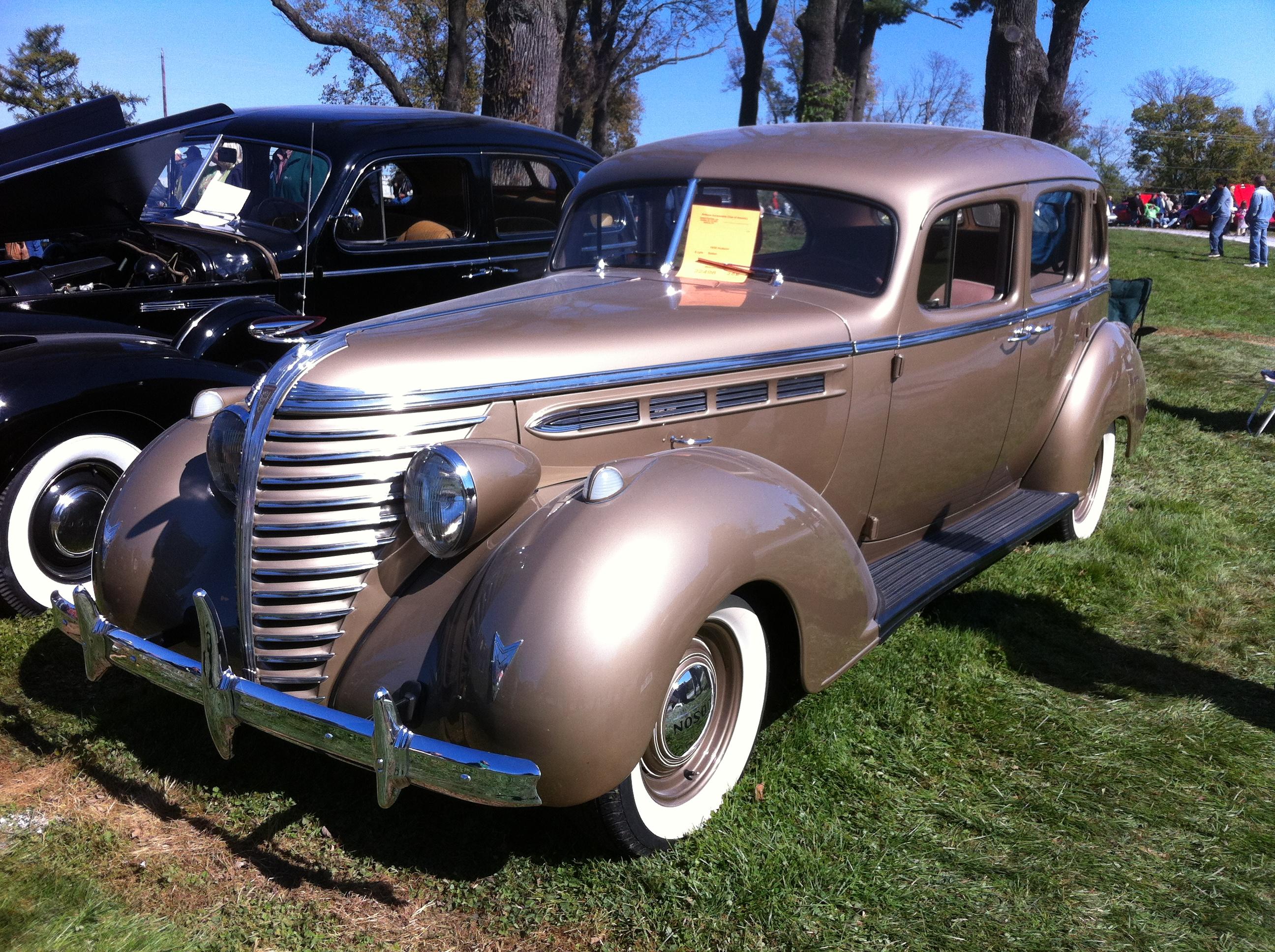 Four Door Sedan >> File:1938 Hudson six sedan Hershey 2012 a.jpg - Wikimedia Commons
