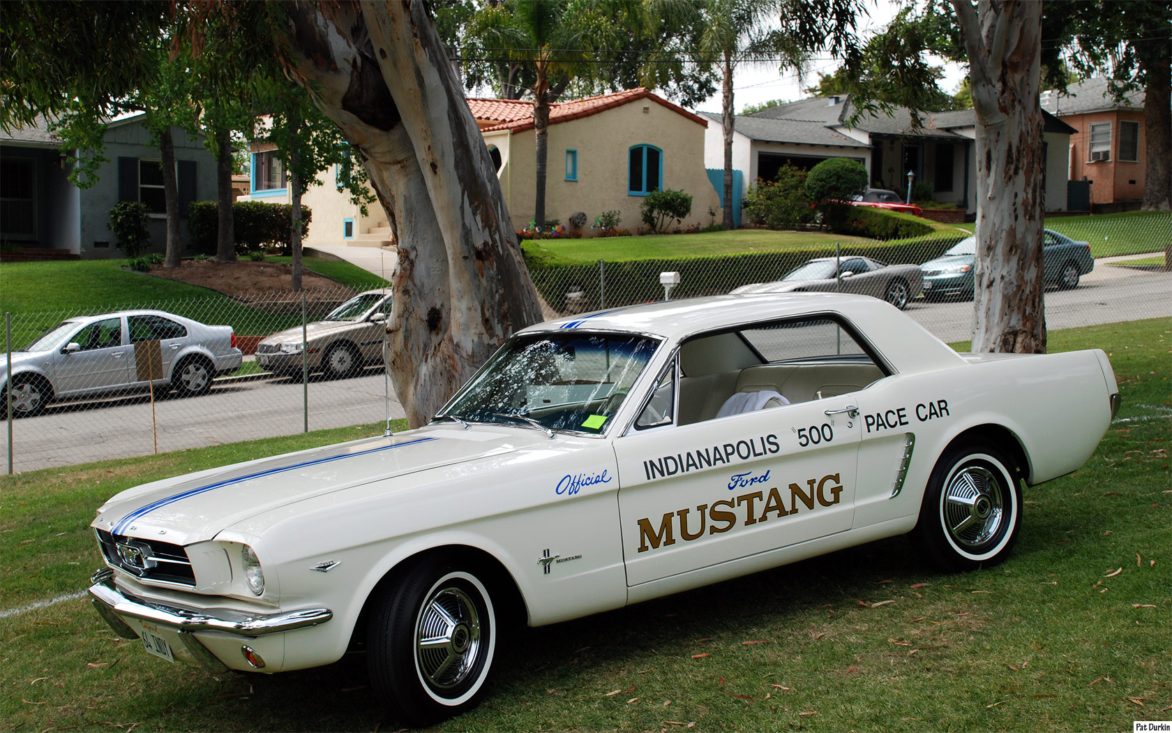 File:1964 Ford Mustang Pace Car - fvl.jpg - Wikipedia