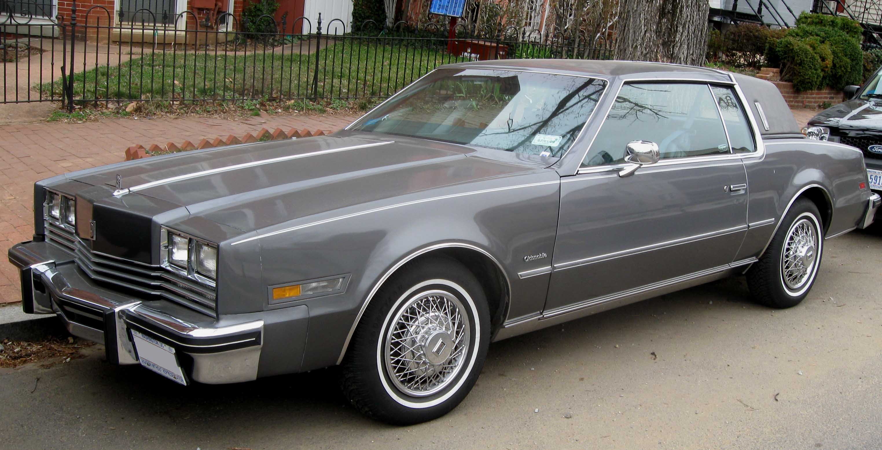 File:3rd Oldsmobile Toronado.jpg - Wikipedia, the free encyclopedia