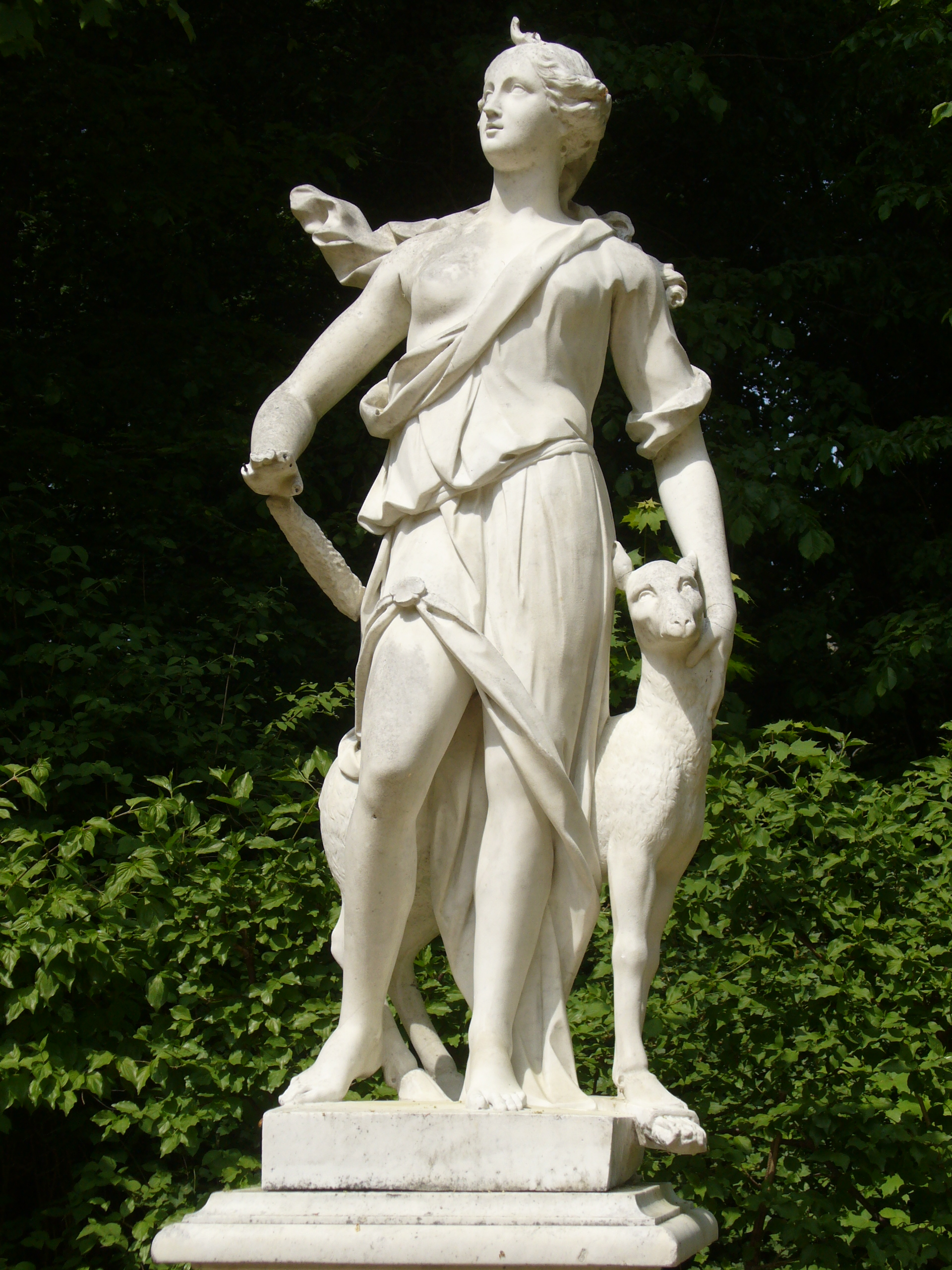 1000+ images about Pagan -- Shrine for Artemis on ...