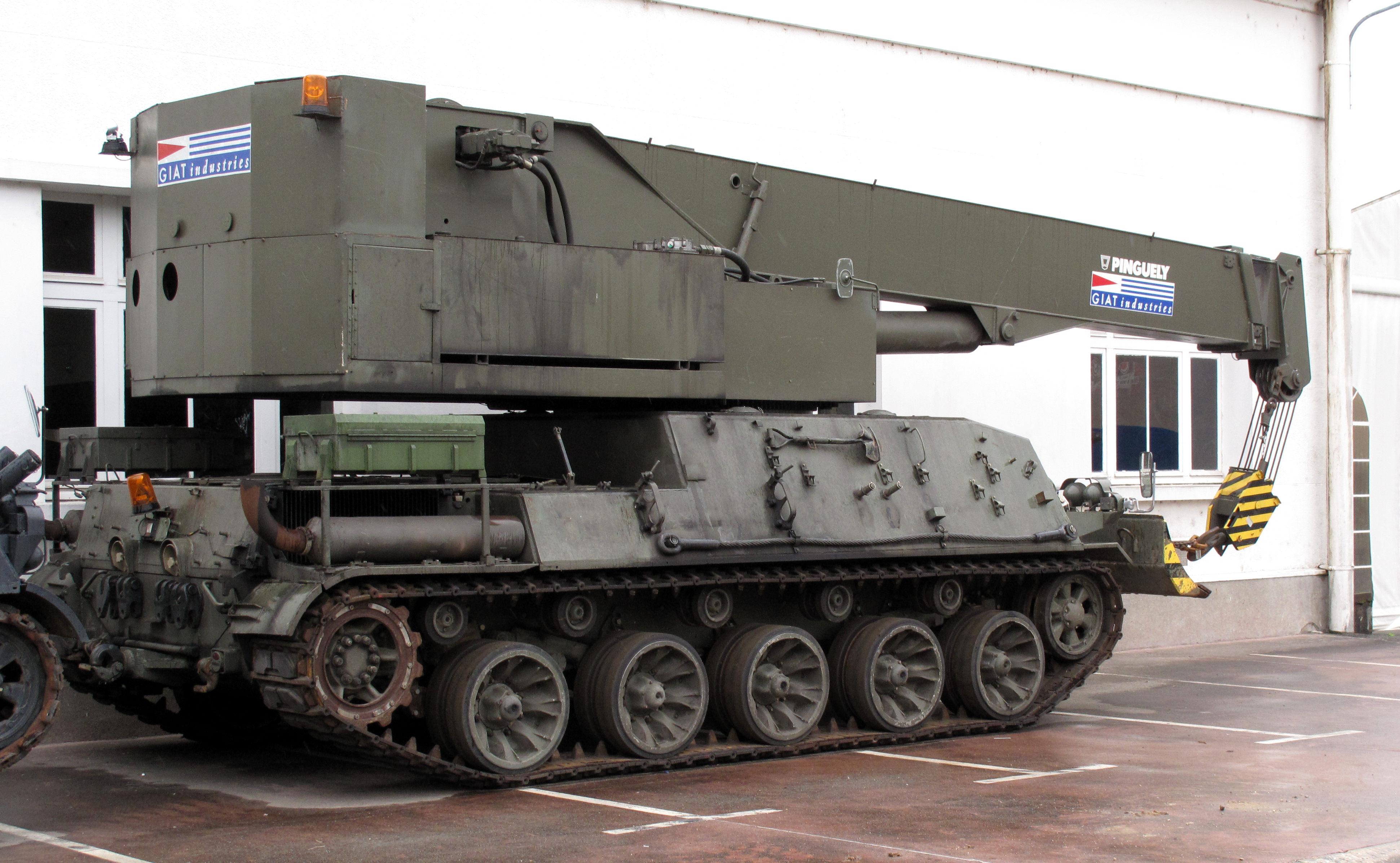 File:AMX-30 crane img 2371.jpg