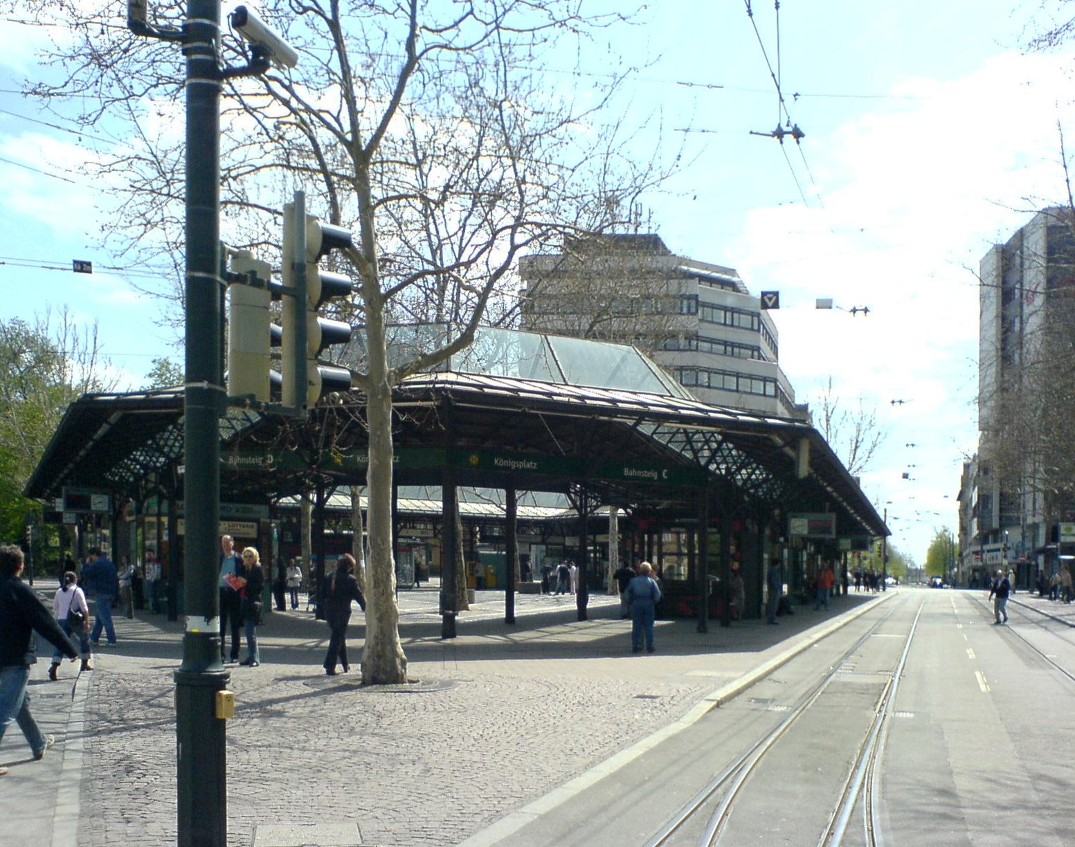 Augsburg-Koenigsplatz 03-2.jpg