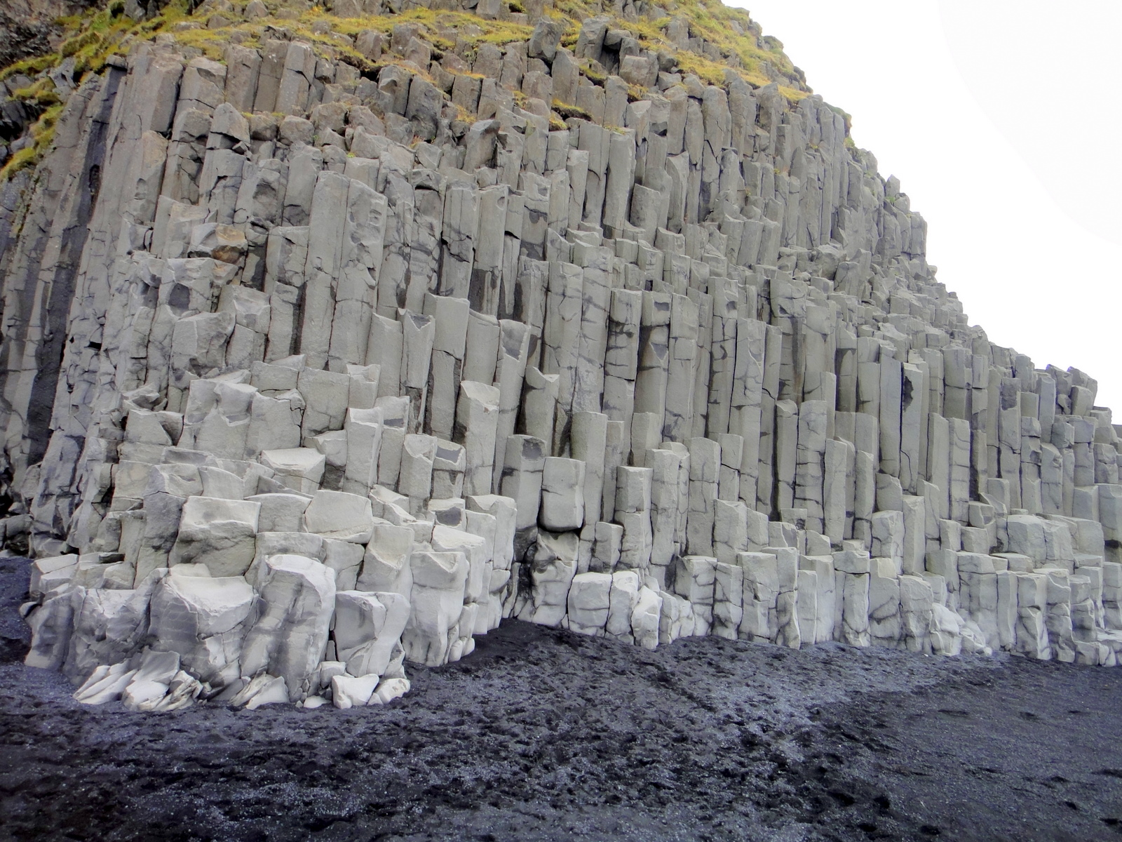 Description Of Basalt : File basalt columns near vik panoramio g wikimedia
