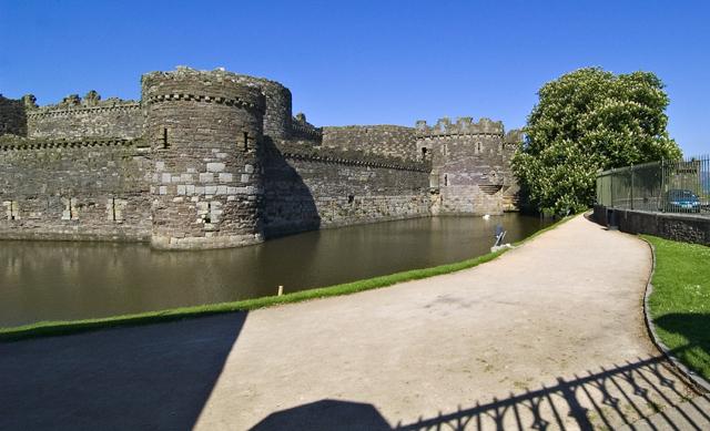 Beaumaris Castle - geograph.org.uk - 7646
