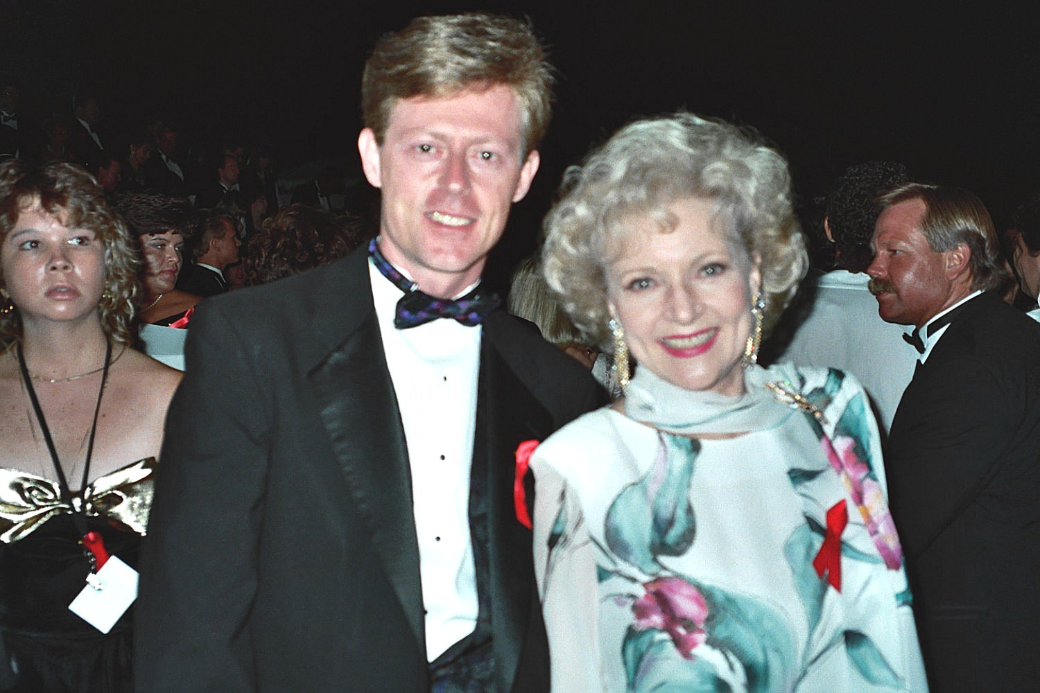 File betty white 1992 emmy wikimedia commons for Betty white s husband allen ludden