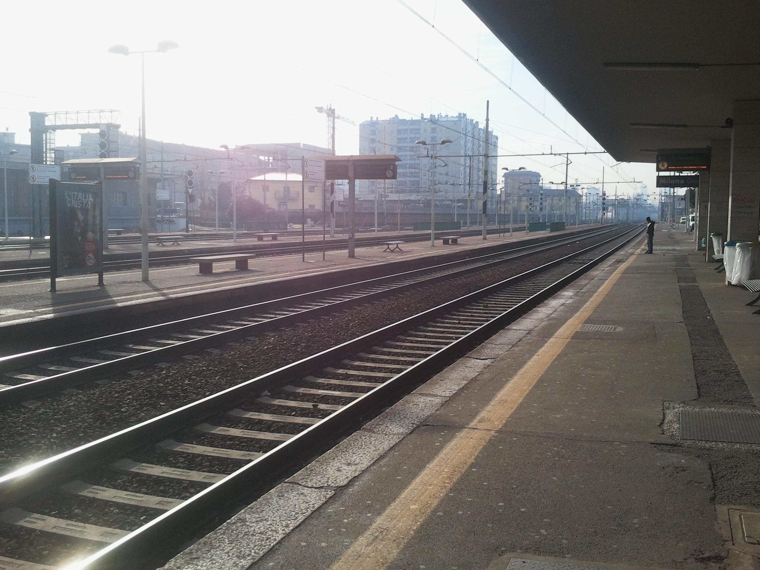 File binari 1 e 2 direzione milano porta garibaldi - Stazione porta garibaldi mappa ...
