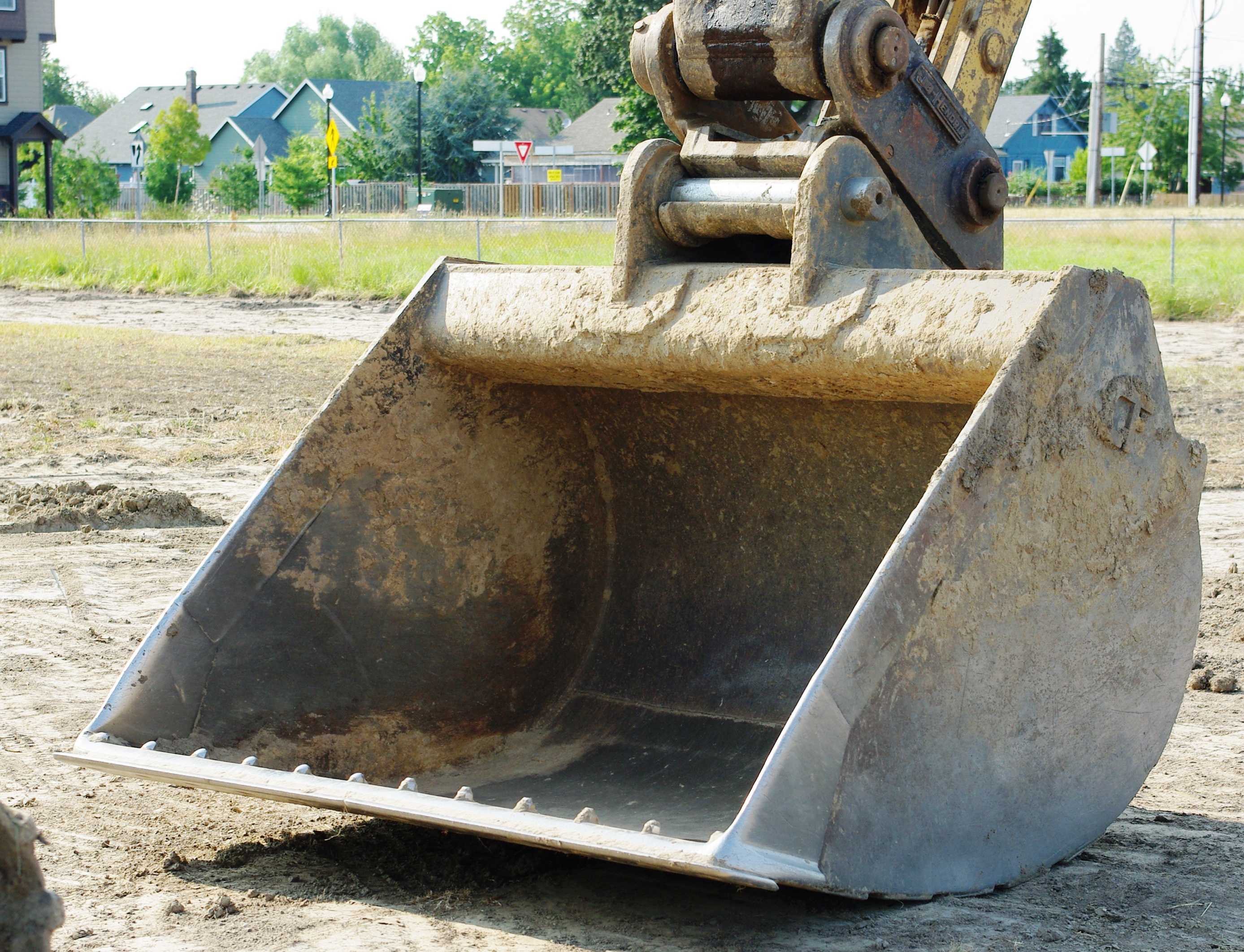 Excavator Bucket : File caterpillar b hydraulic excavator bucket