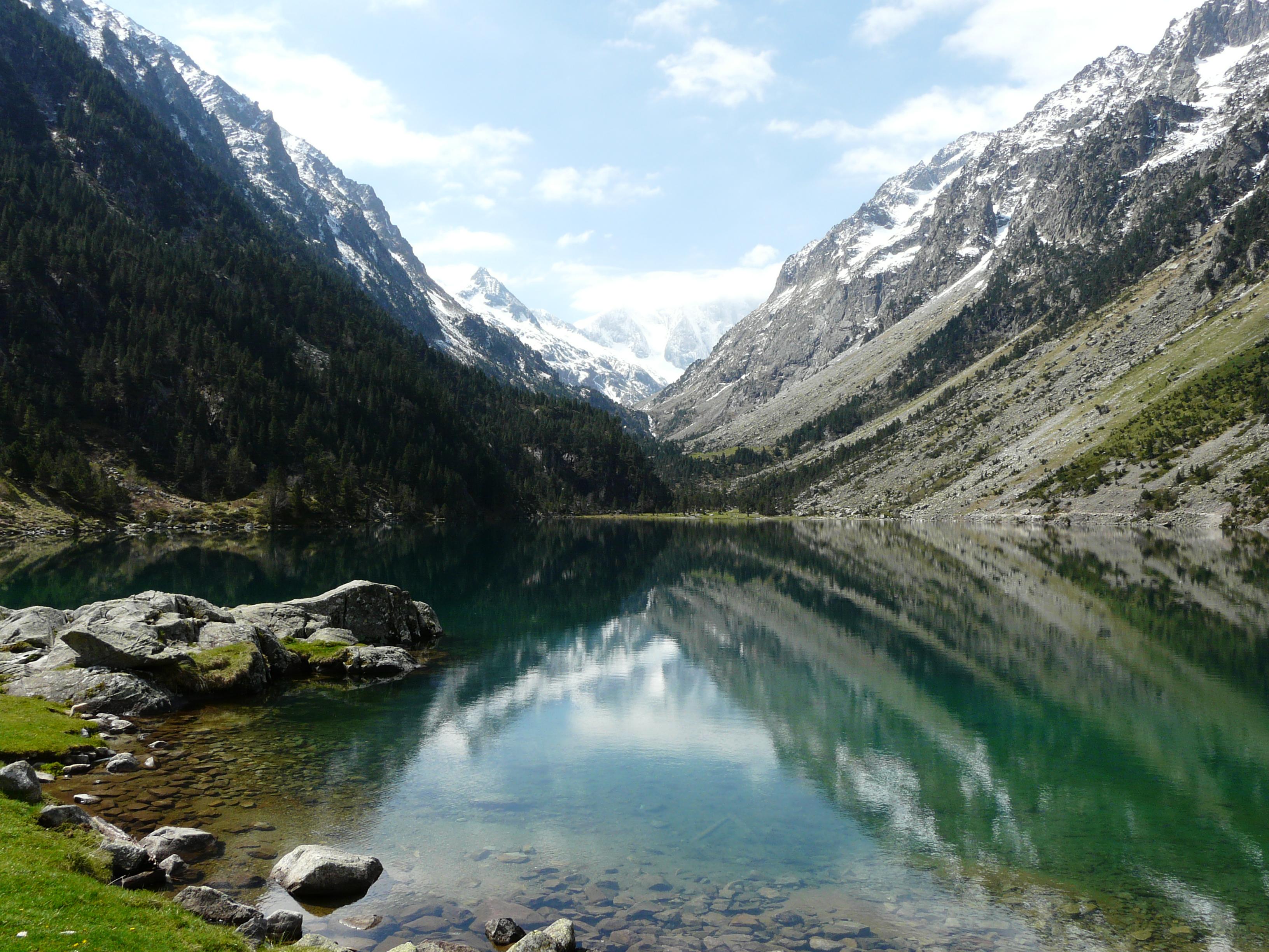 File cauterets lac gaube 1 jpg wikimedia commons - Lac de gaube ...