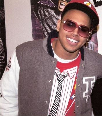 "R&B singer Chris Brown had five songs on the chart, four of which are in the top 20. His best-performing song is ""No Air"", a duet with Jordin Sparks, at number six. Chris Brown & Jeg.jpg"