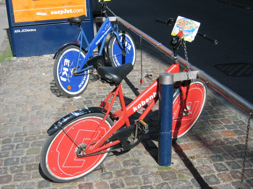 Blue and Red bike share bicycle in Copenhagen, although this may change