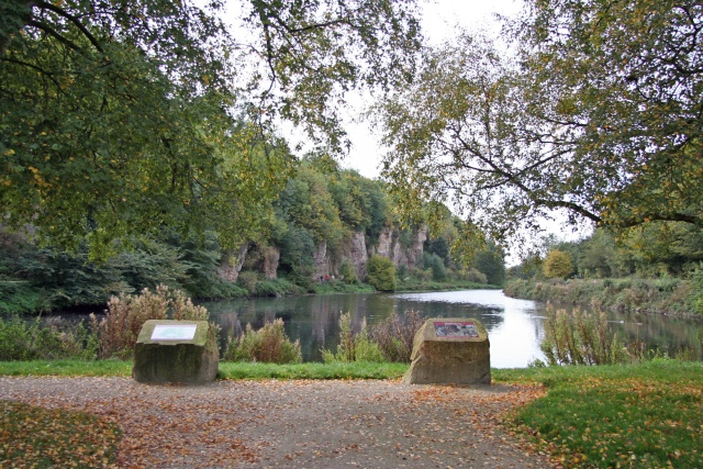 Creswell Crags and Crags Pond - geograph.org.uk - 63404