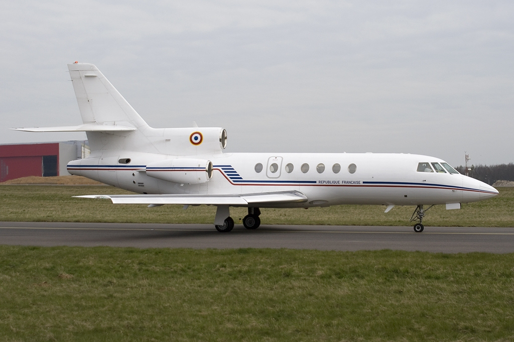 file dassault falcon 50 france air force jp6229465 jpg