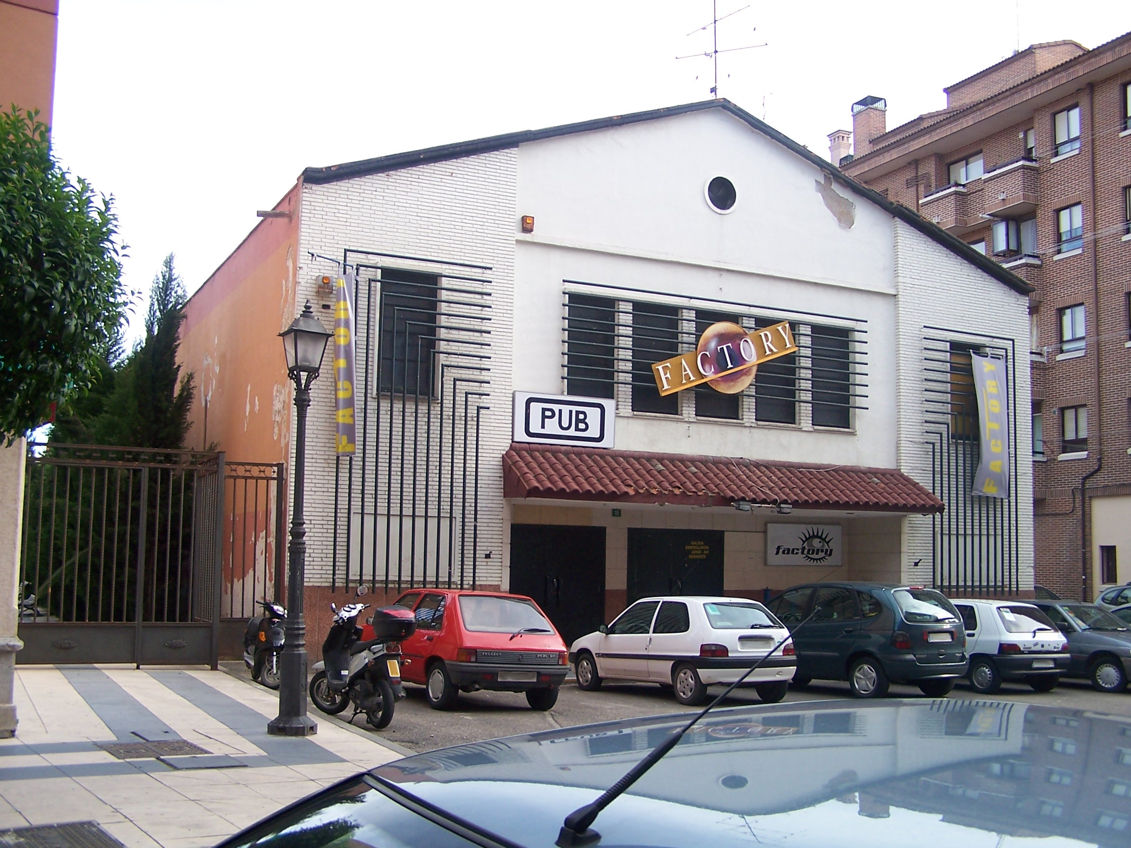 file discoteca factory wikimedia commons