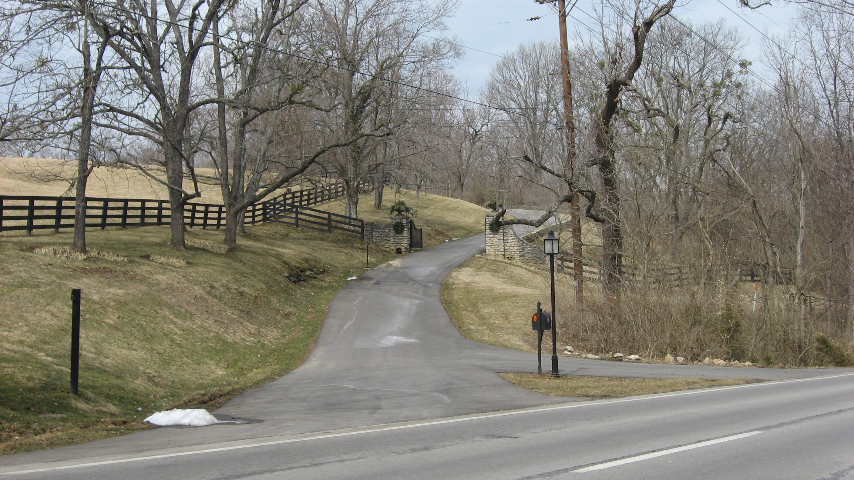 File Dogwood Hill Driveway Jpg