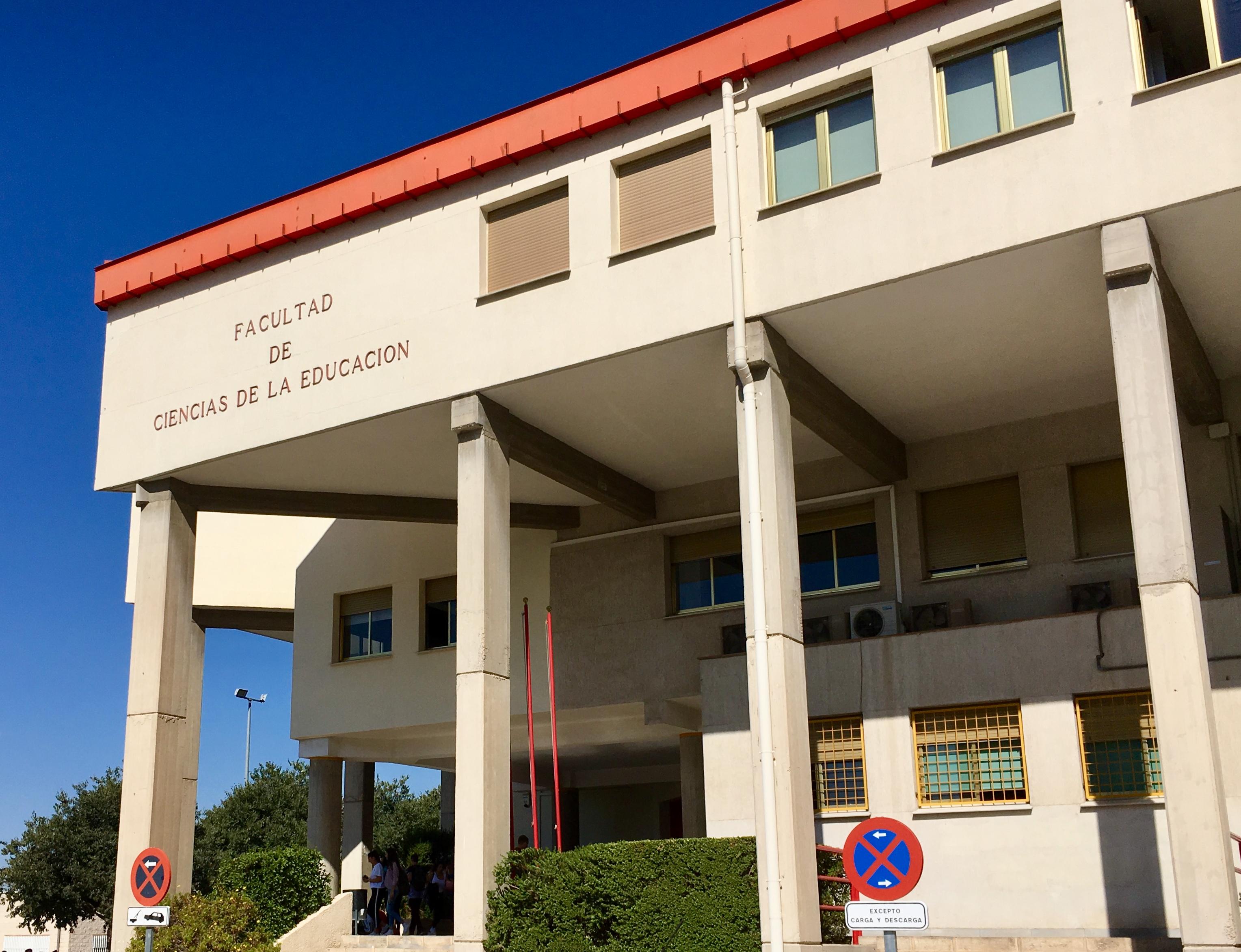 Facultad de Ciencias de la Educación (Universidad de Granada ...
