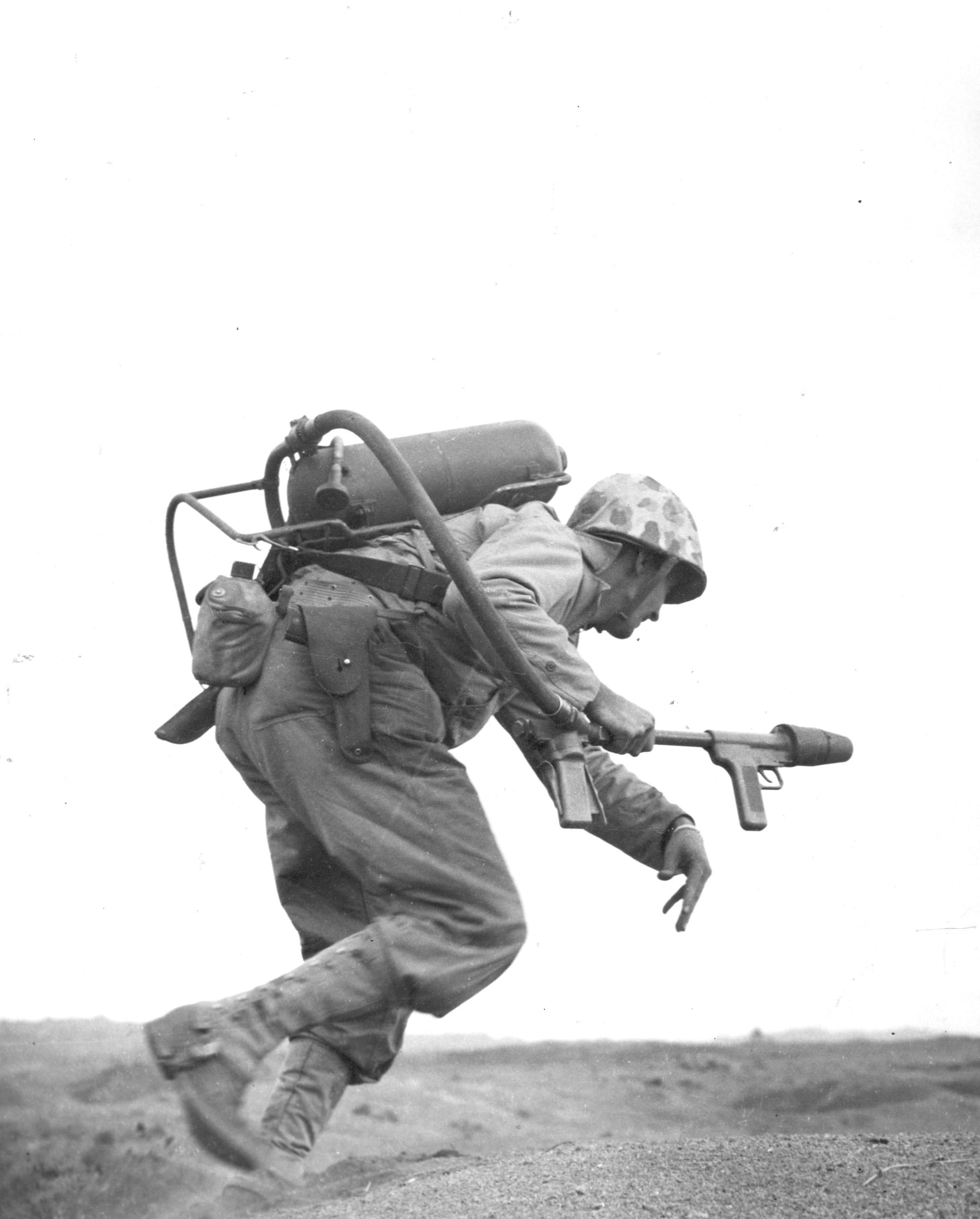 FileFlamethrower Iwo Jima 194502