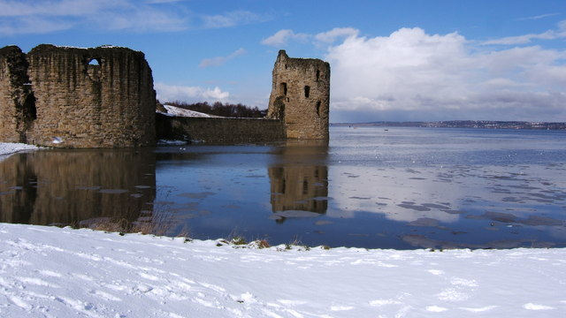 Flint Castle - geograph.org.uk - 641269