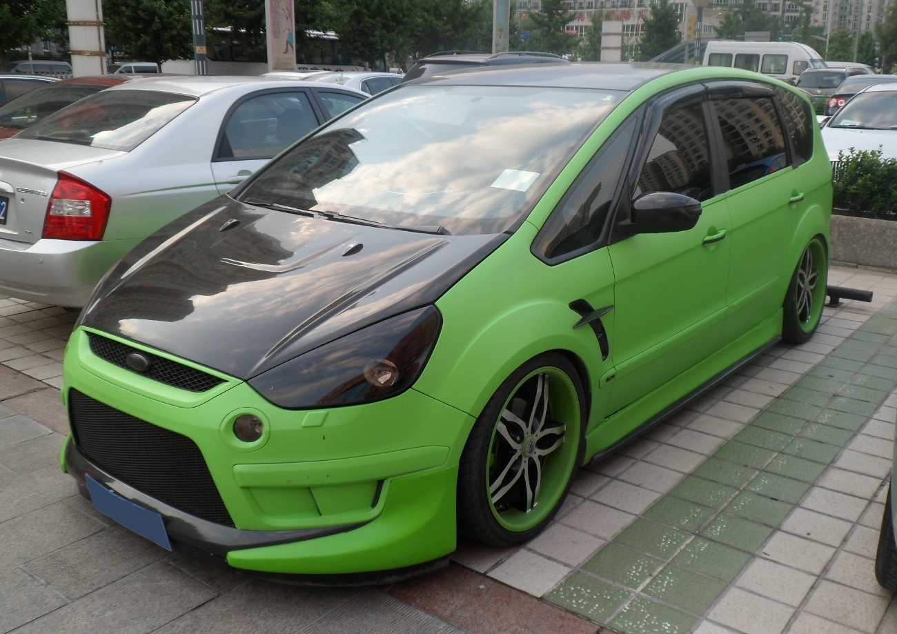 File Ford S Max 01 China 2012 08 04 Jpg Wikimedia Commons