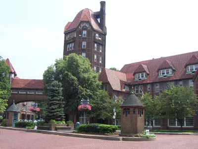 Station Square, Forest Hills, Queens, New York