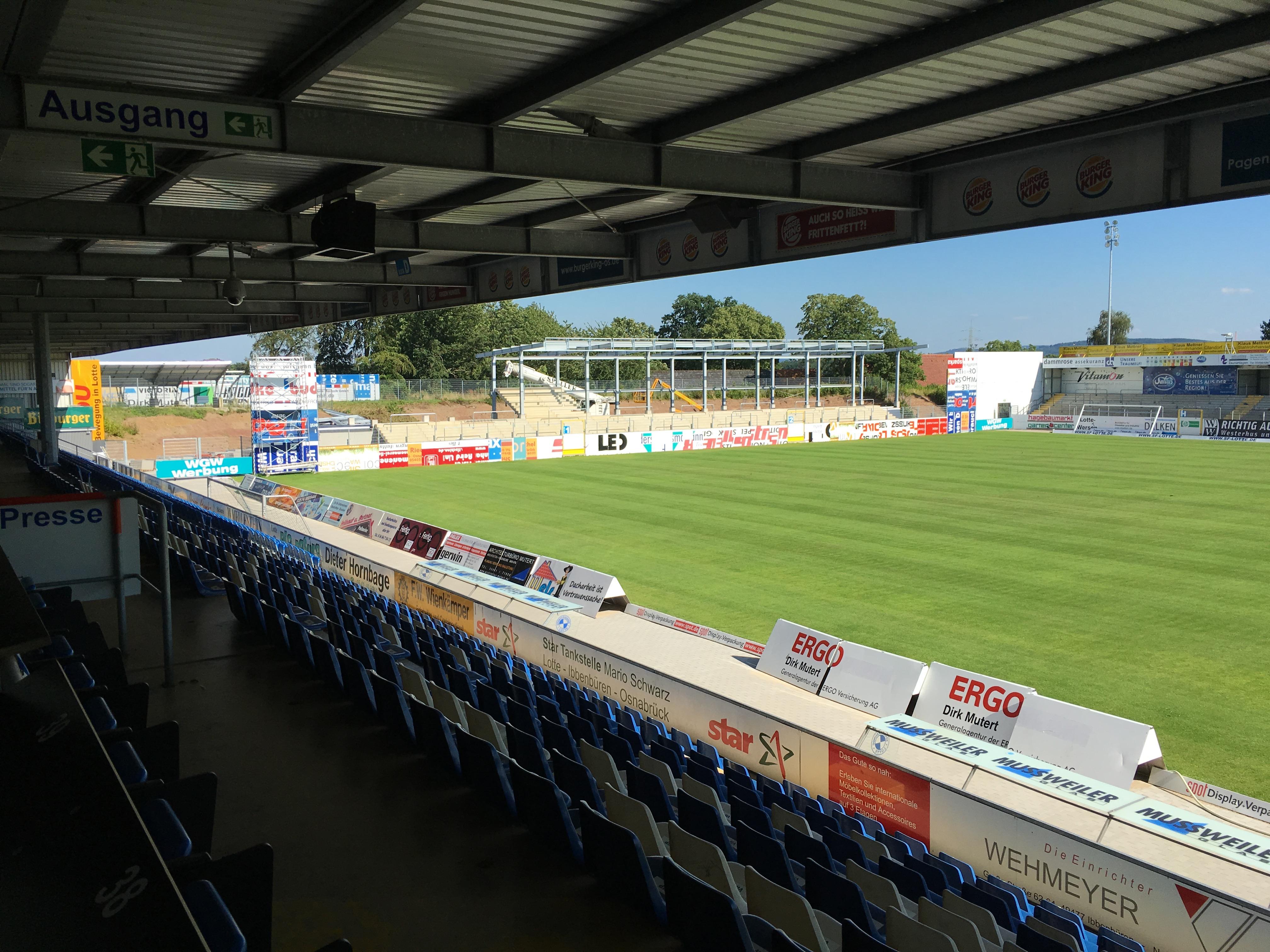 Frimo_Stadion_Osttrib%C3%BCne_Ausbau.jpg