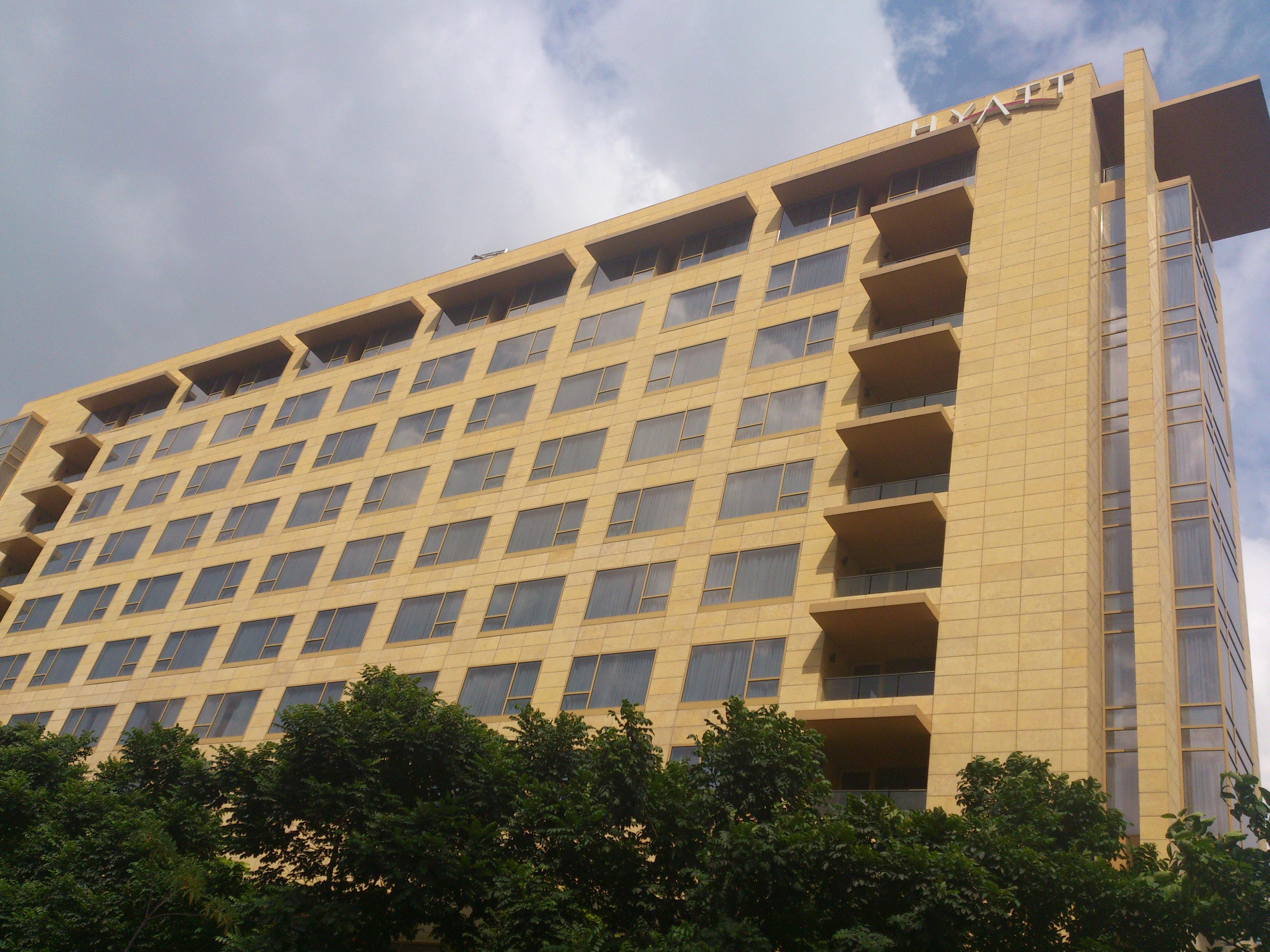 Hyatt Hotel Near Redondo Beach Historic Library