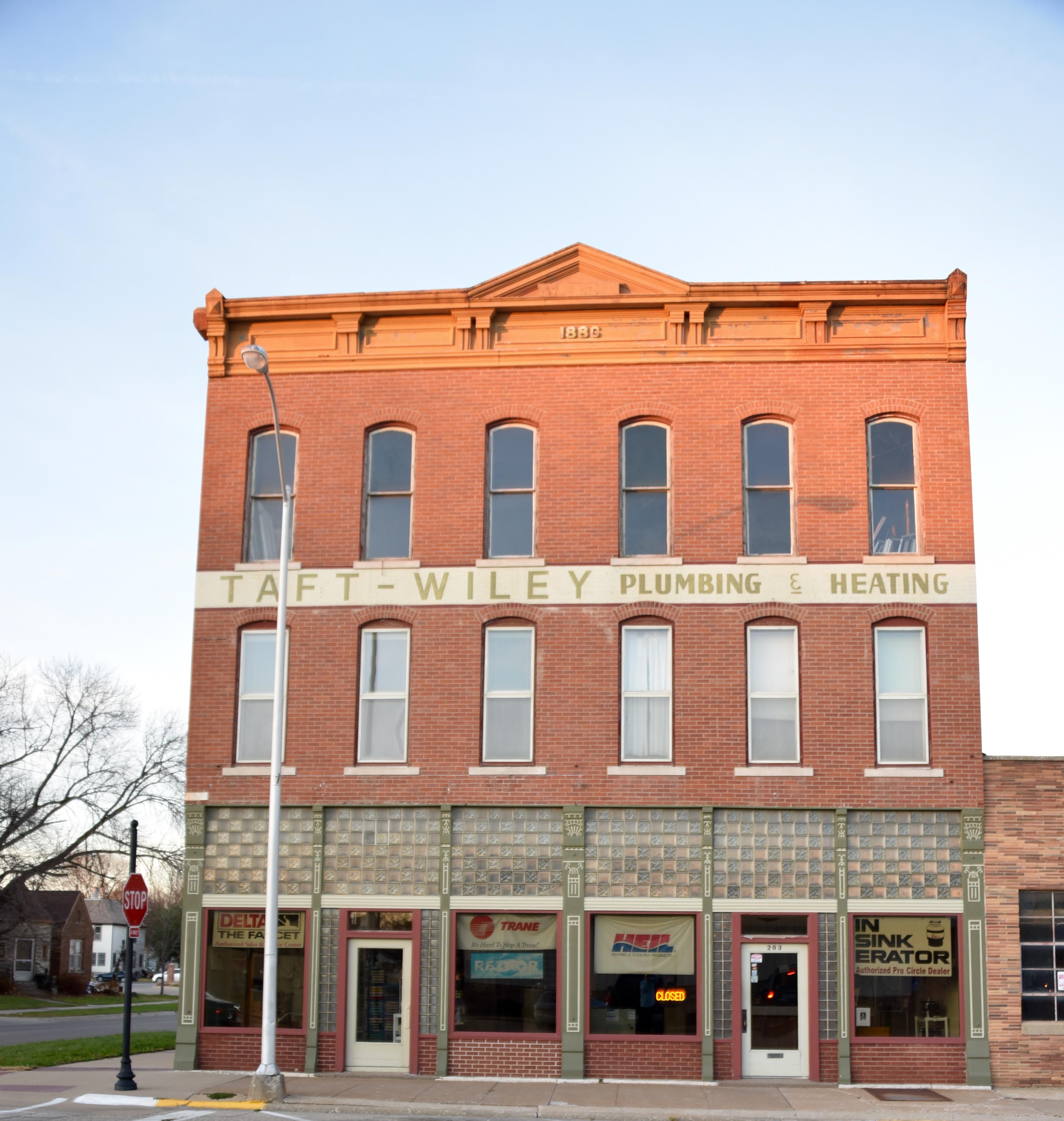 Zuhn Building - Wikipedia